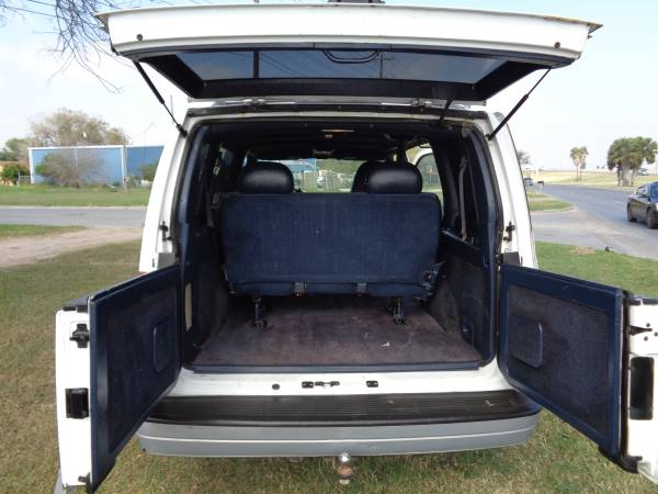 1999 GMC Safari Passenger Van V6 Auto For Sale in