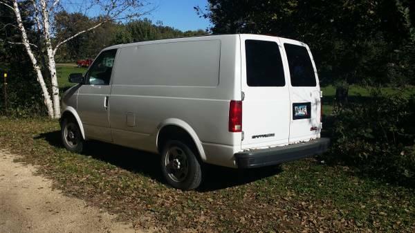 2005 gmc safari cargo van v6 auto for sale in mankato mn. Black Bedroom Furniture Sets. Home Design Ideas