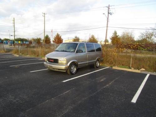 2002 GMC Safari Passenger Van Auto For Sale in Houston, TX